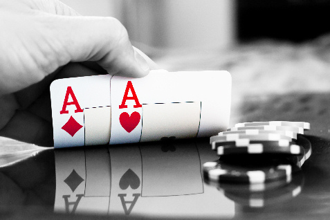 pair of aces poker